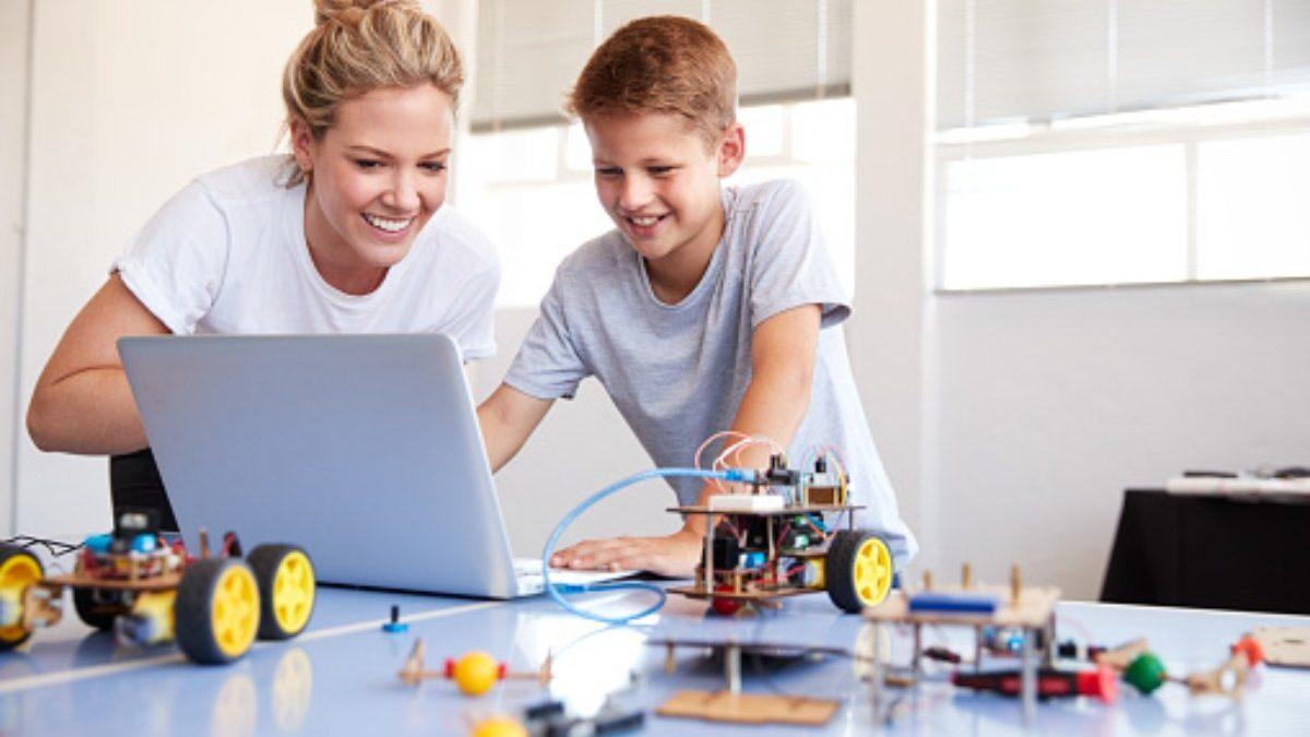 How do you explain Robots to Kids